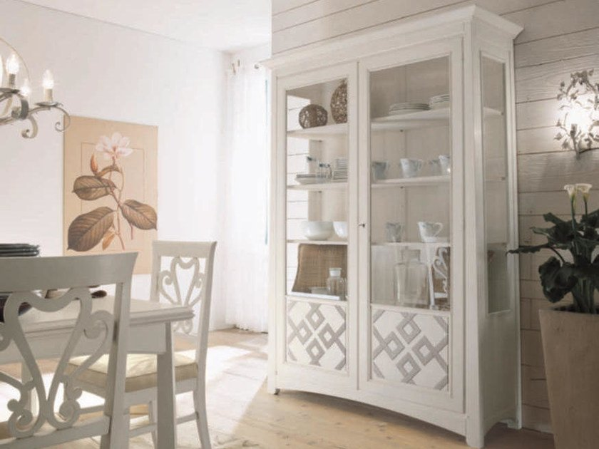 Lacquered solid wood display cabinet NAIMA | Lacquered display cabinet by Arvestyle