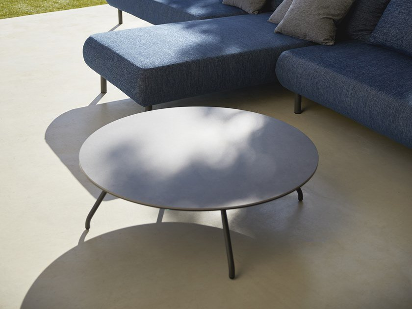 Round garden side table NANSA | Round coffee table by MUSOLA