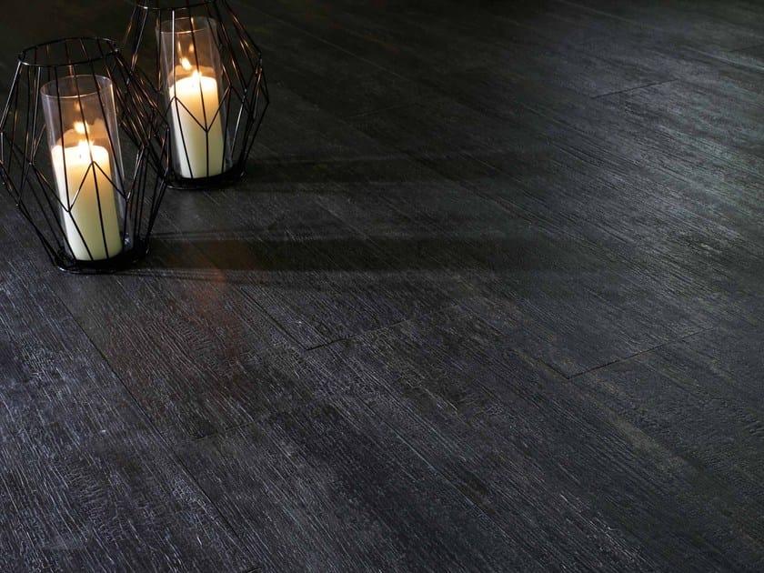 Pavimento/rivestimento effetto legno NAPAMI FUMÉ by NOVOCERAM