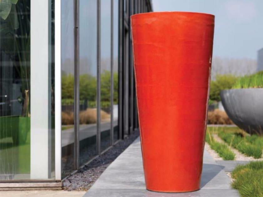 Terracotta garden vase NAPELS by Domani