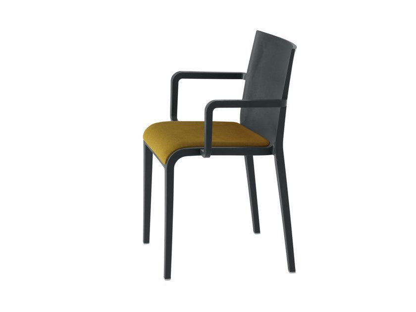 Polypropylene chair with armrests NASSAU 534N by Metalmobil