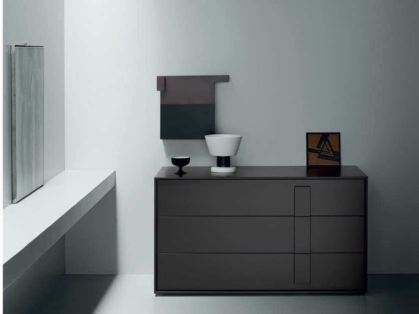 Contemporary style lacquered wood-product chest of drawers NAVIS   Chest of drawers by Md House