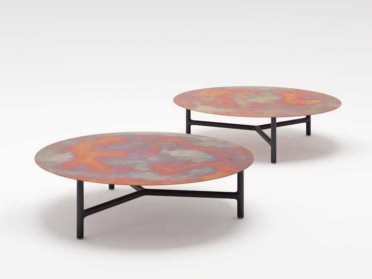 Low round marble coffee table NESSO | Round coffee table by paola lenti