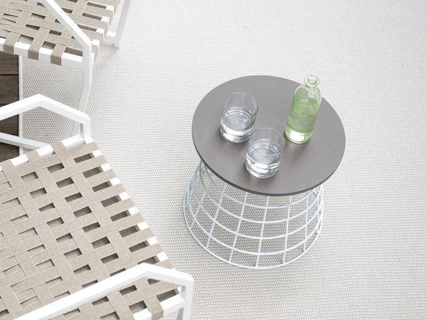 Net Round Coffee Table
