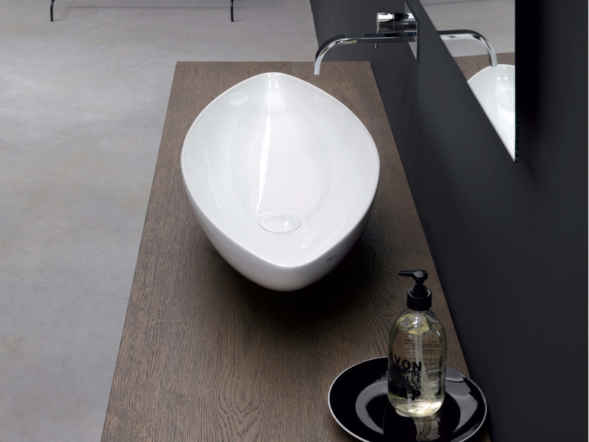 Countertop ceramic washbasin NINA by Nic Design