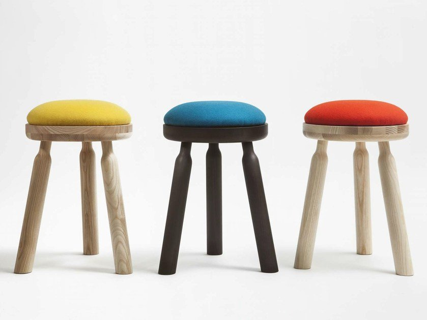 Upholstered stool NINNA | Stool by Adentro