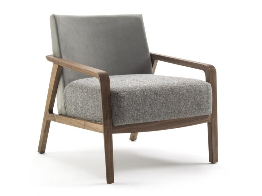Upholstered fabric armchair with armrests NOBLÉ by Riva 1920
