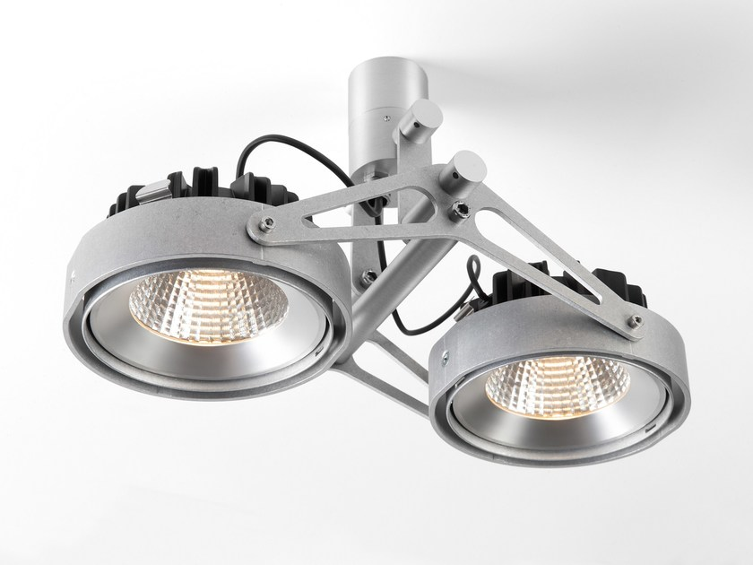 Faretto orientabile a soffitto NOMAD 111 by Modular Lighting Instruments