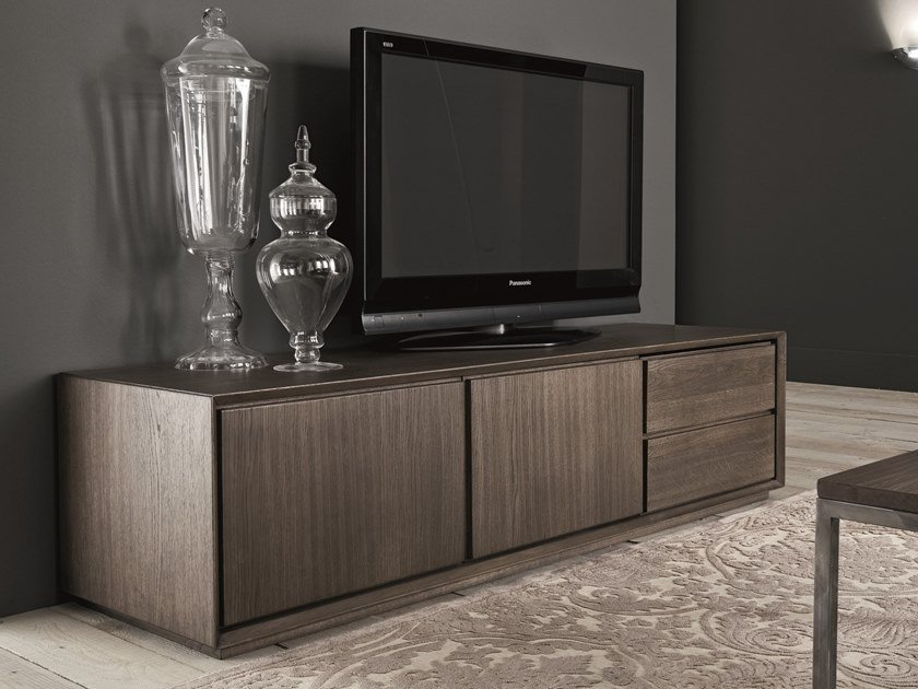 Low oak TV cabinet with drawers NOOK | TV cabinet with drawers by AltaCorte