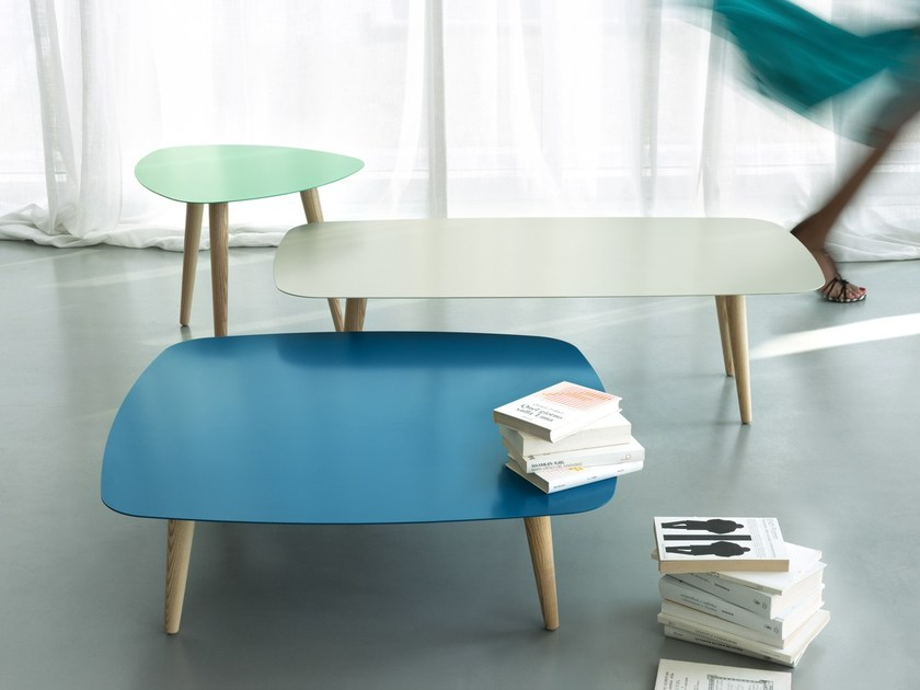 Lacquered square metal coffee table NORD QUADRO by meme design