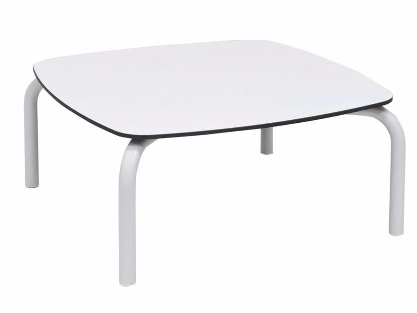HPL garden side table NUA | Coffee table by calma