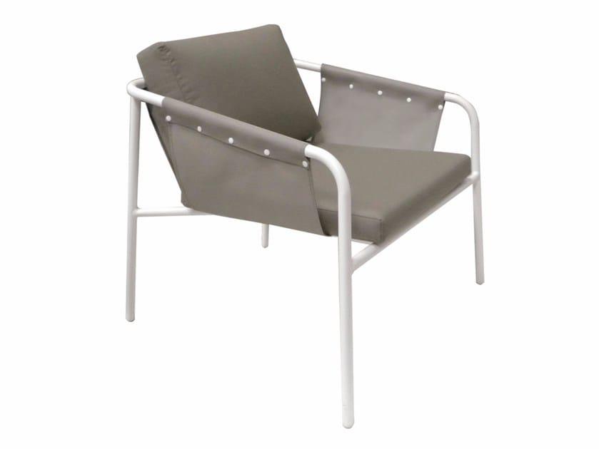 Batyline® garden armchair with armrests NUA SPORT | Garden armchair by calma