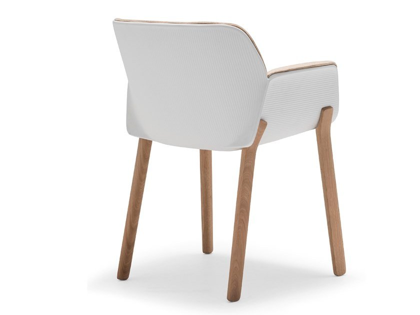 Technopolymer chair with armrests NUEZ SO2770 by Andreu World