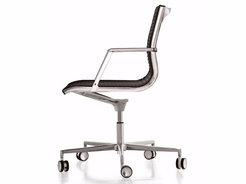 Leather reception chair with 5-spoke base with casters NULITE | Chair with casters by Luxy