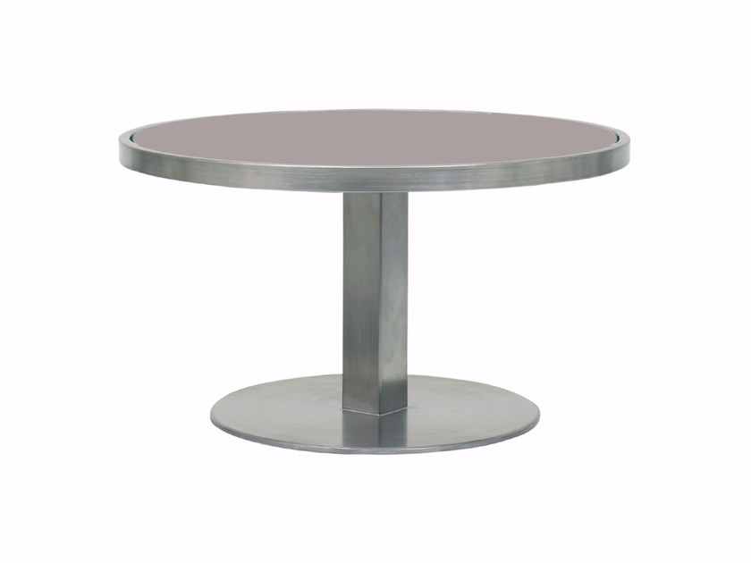Low round glass garden side table O-ZON | Coffee table by ROYAL BOTANIA