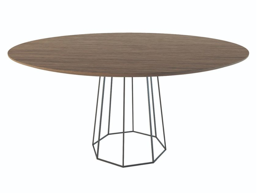 Round wood veneer table with metal base OCTO | Metal table by Conceito Casa