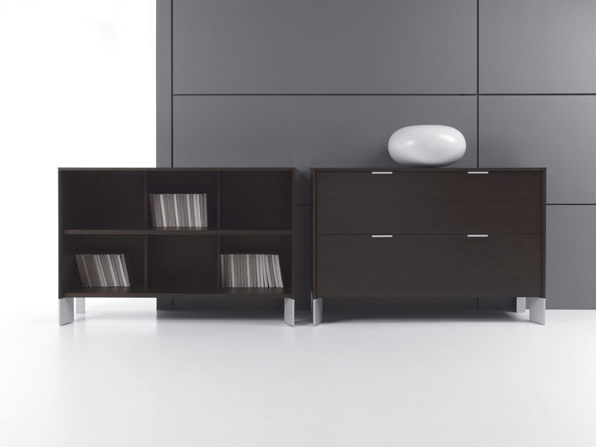 Low Modular office shelving IN | Office shelving by BALMA