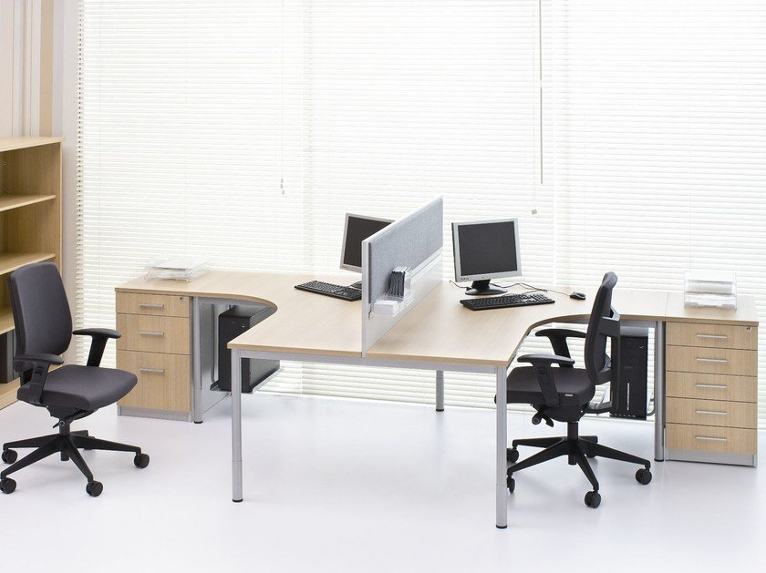 Multiple office workstation G4 | Office workstation by BALMA