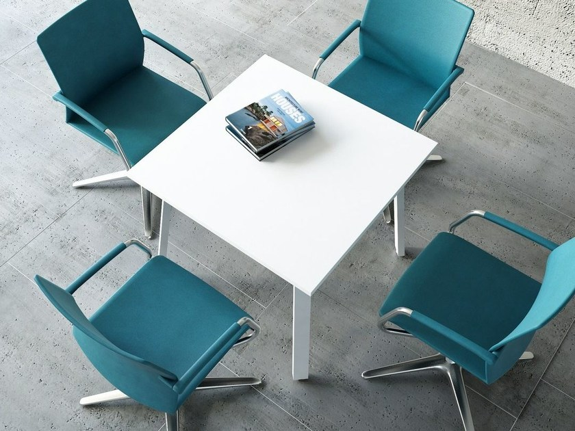 Round meeting table OGI | Square meeting table by MDD