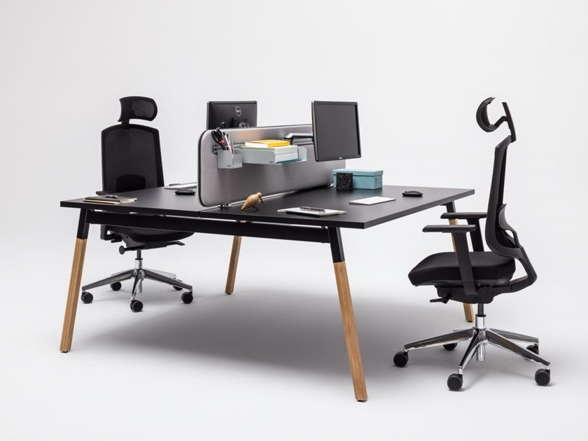 Multiple office workstation with sound absorbing screens OGI_W | Office workstation by MDD
