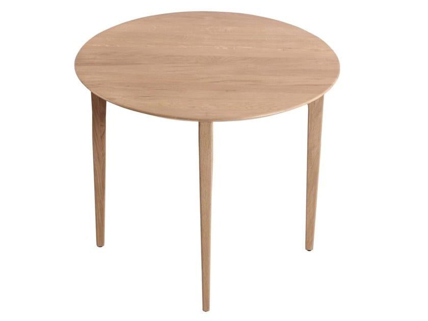 Round English oak table OKO by ALANKARAM