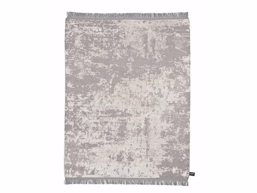 Handmade custom rug OLDIE SOIE by cc-tapis