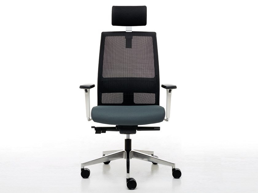 Executive chair with headrest OMNIA WHITE   Executive chair by Linea Fabbrica