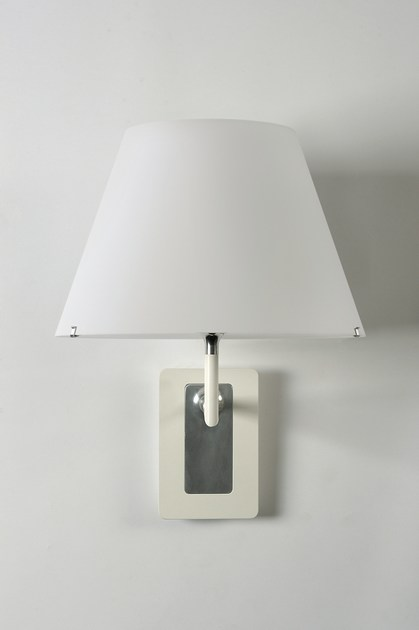 Wall lamp with fixed arm ONE WALL by axis71