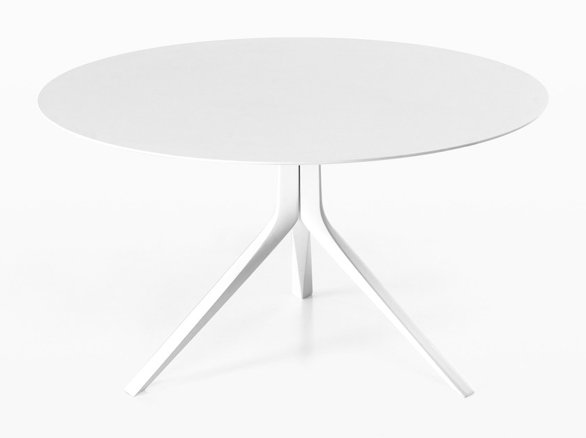Round die cast aluminium table OOPS I DID IT AGAIN | Round table by Kristalia