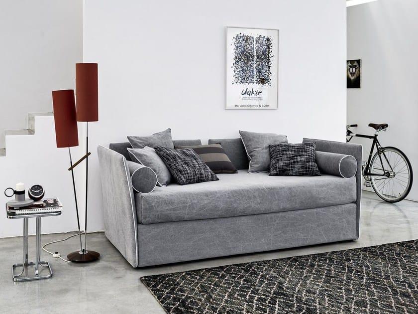 Convertible sofa bed open 6 by letti co design paola navone for Divano 4 metri