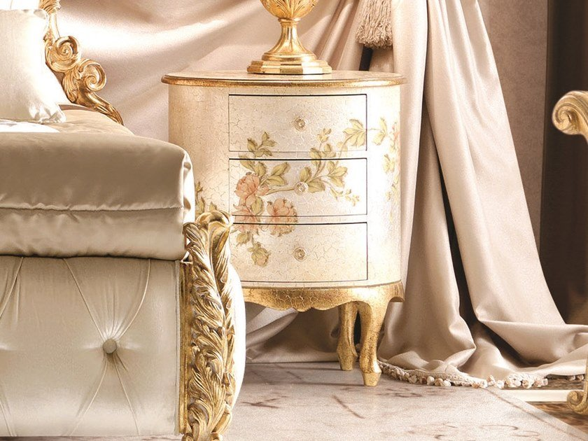 Lacquered oval bedside table OPERA | Oval bedside table by Andrea Fanfani
