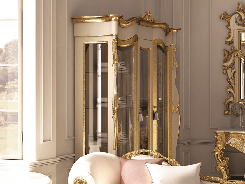 Gold leaf display cabinet OPERA | Display cabinet by Andrea Fanfani