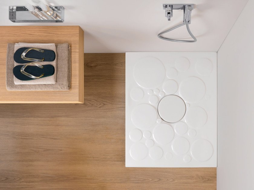 Rectangular ceramic shower tray OPTICAL by Nic Design