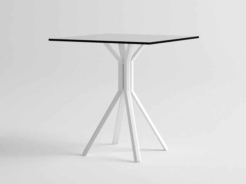 Square aluminium garden table ORA 4 by 10Deka