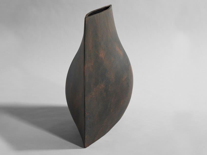 Vaso in cemento fibrorinforzato ORIGAMI by 101 Copenhagen