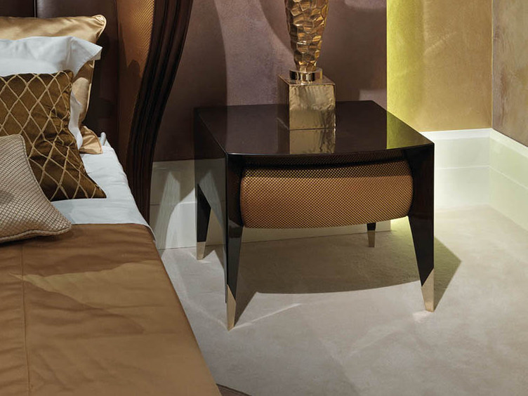 Lacquered square wooden bedside table ORION | Bedside table by Turri