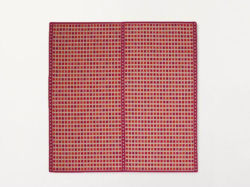 Handmade square rug ORTO | Square rug by paola lenti
