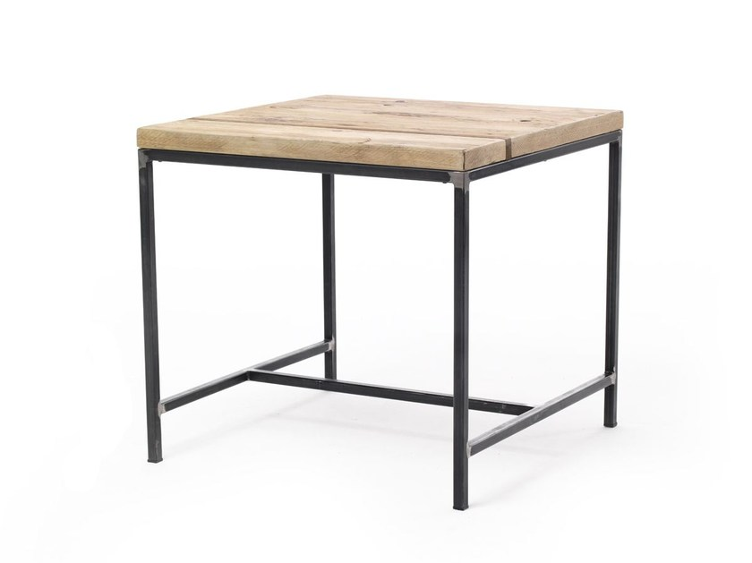 Square spruce table OSCAR | Square table by Vontree