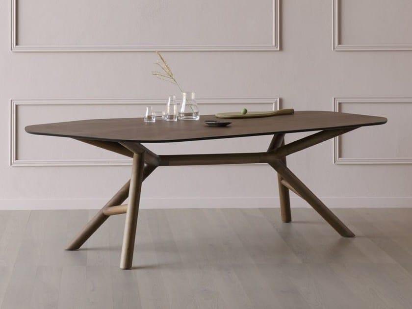 Contemporary style walnut table OTTO   Walnut table by Miniforms