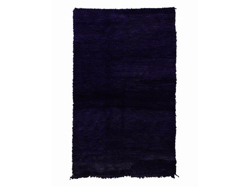 Long pile rectangular wool rug OUEDZEM TAA942BE by AFOLKI