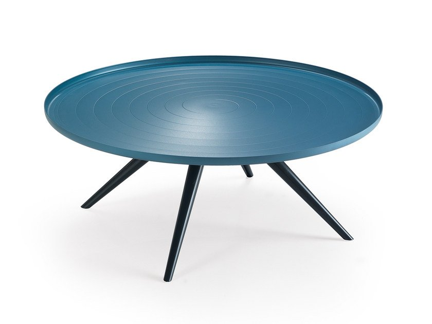Round aluminium coffee table OUTLINE | Coffee table by Oliver B.