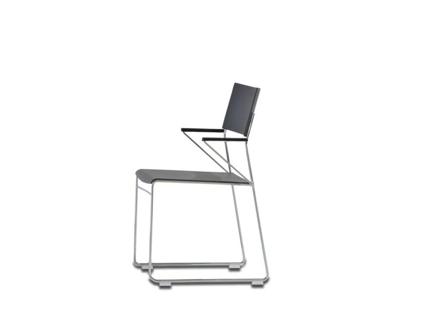 Sedia da conferenza a slitta impilabile in plastica con braccioli OUTLINE | Sedia da conferenza in plastica by Wiesner-Hager
