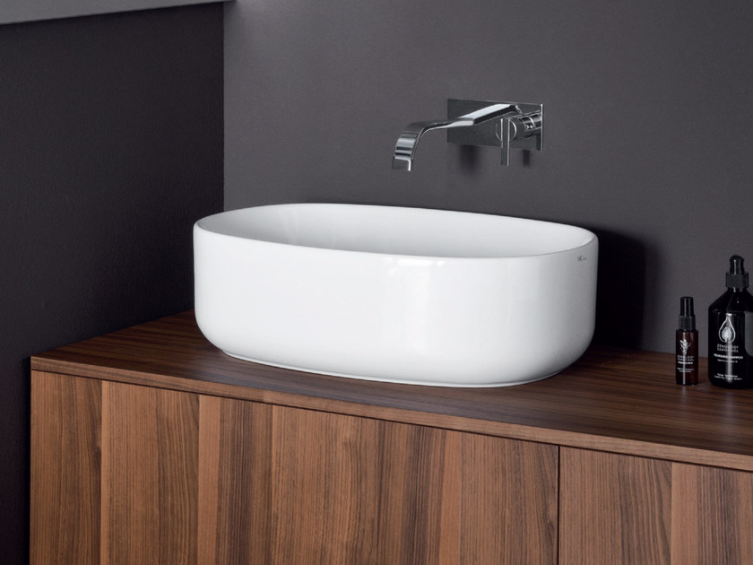 Countertop oval ceramic washbasin SEMPLICE | Oval washbasin by Nic Design