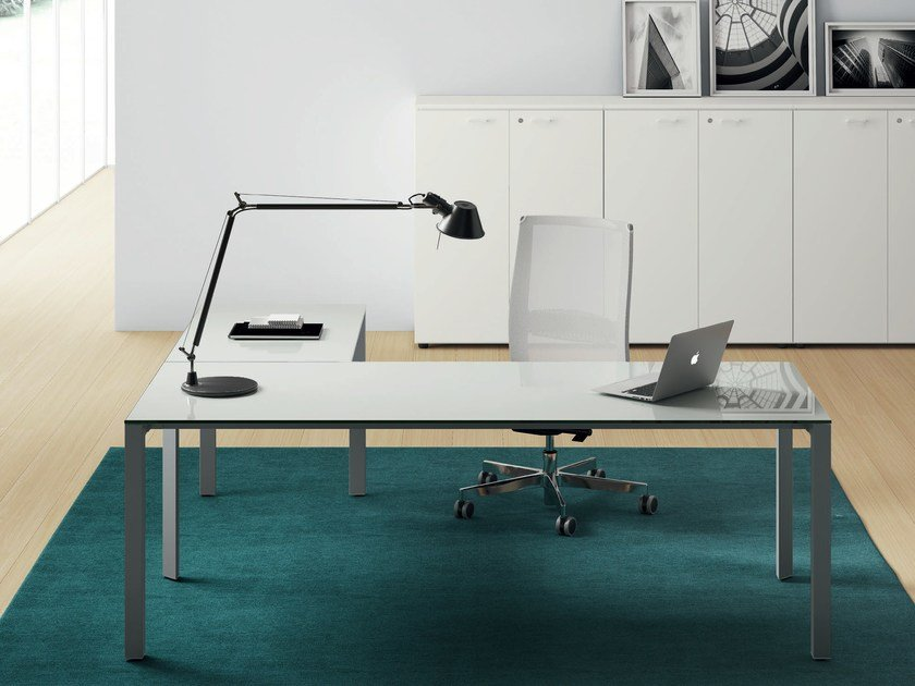 Glass executive desk OXI TREND | Executive desk by Las Mobili