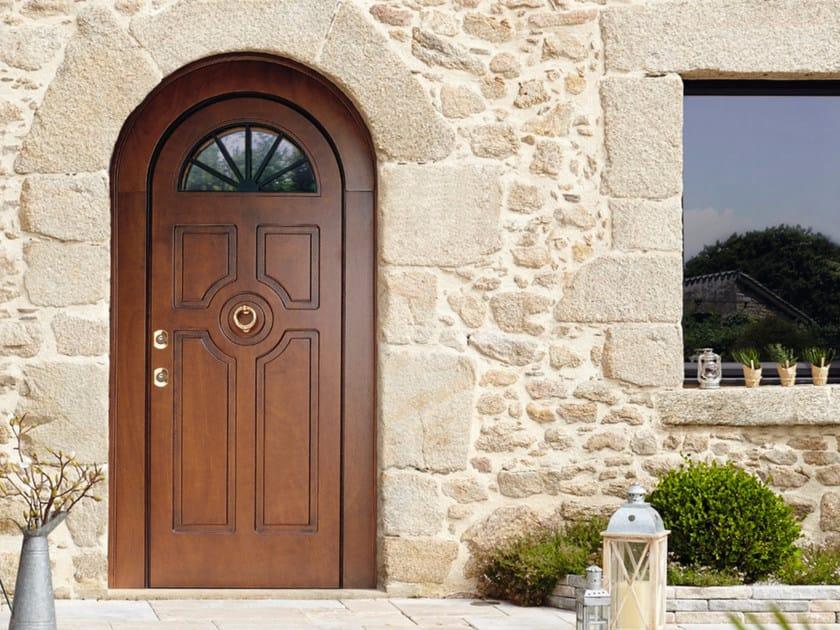 Arched okoumé safety door SUPERIOR - 16.5056 M17 by Bauxt