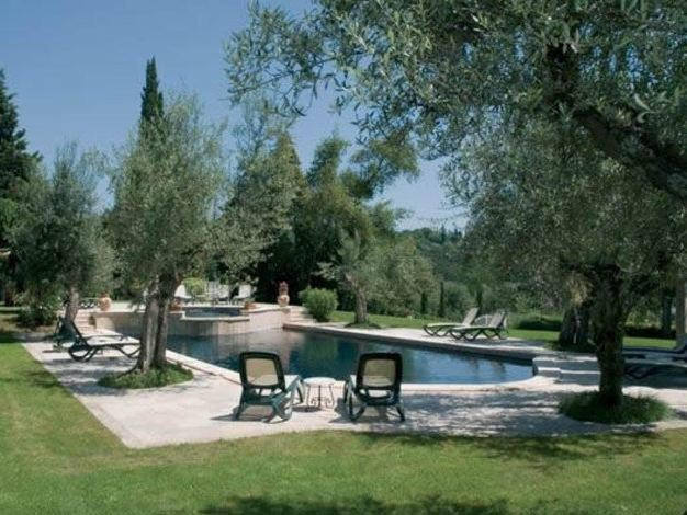 In-Ground natural stone swimming pool Swimming pool 11 by GH LAZZERINI