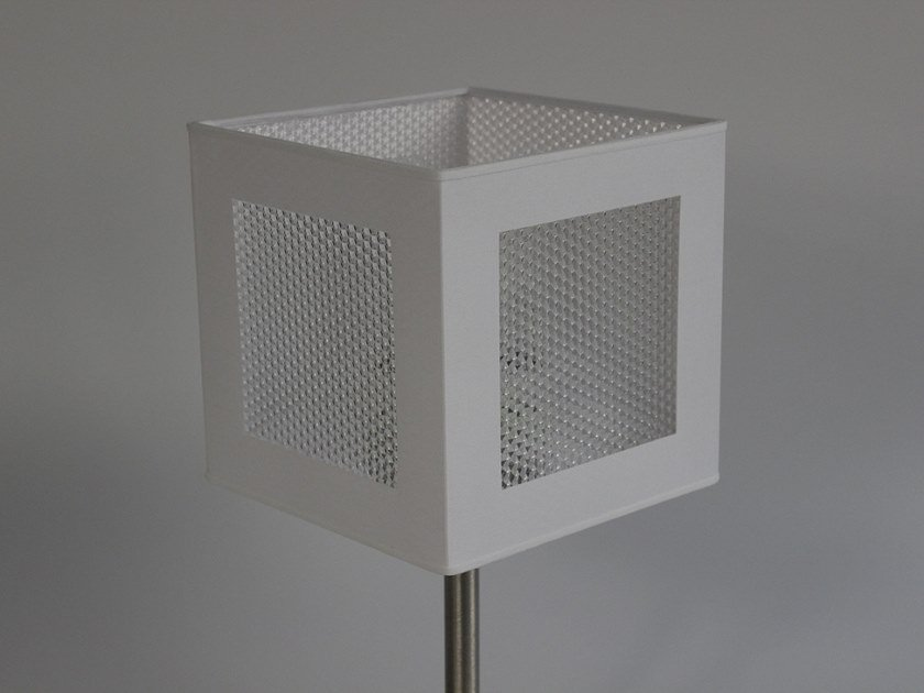 Plexiglass lampshade P002 | Lampshade by Ipsilon PARALUMI