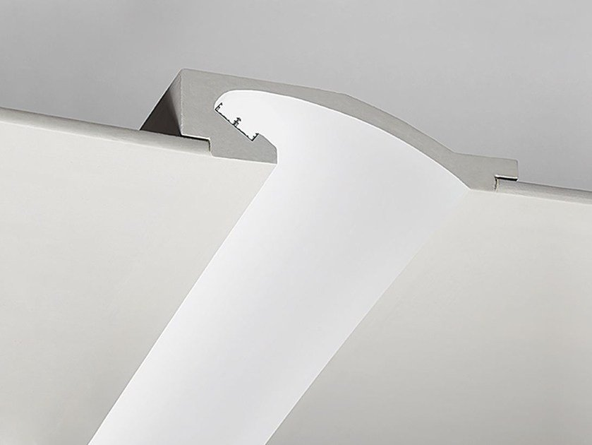 Linear lighting profile for LED modules P1 by NOBILE ITALIA