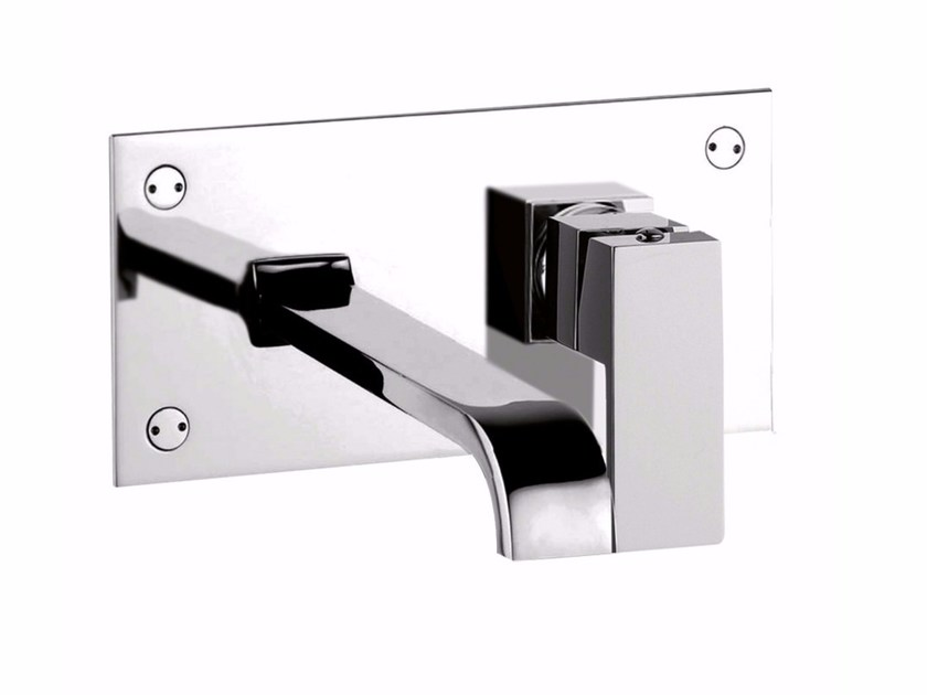 Wall-mounted single handle washbasin mixer with plate PABLOLUX - F9809 by Rubinetteria Giulini