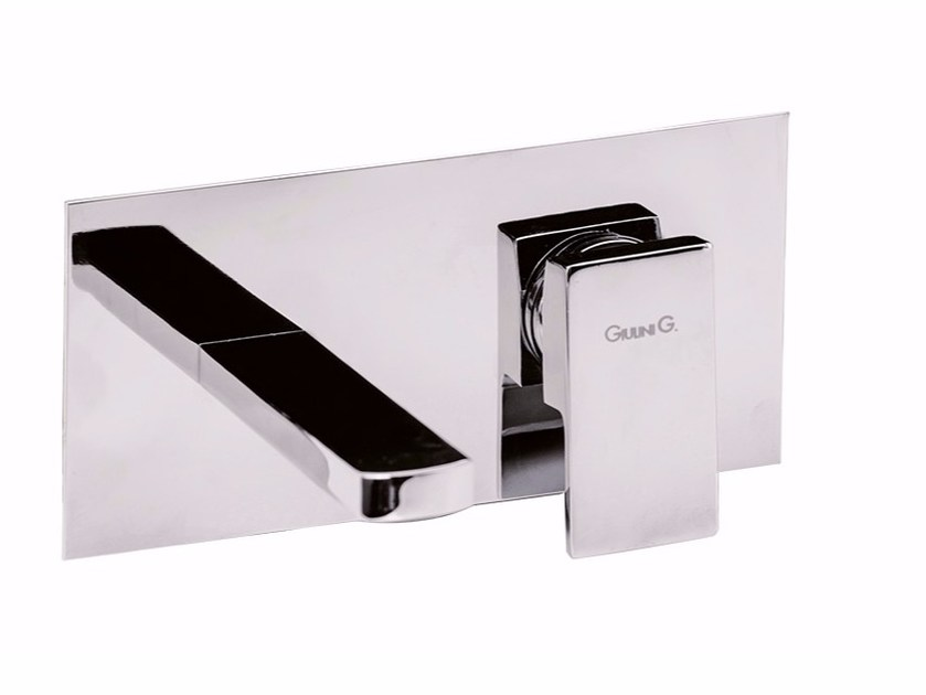 Wall-mounted single handle washbasin mixer with plate PABLOLUX - F9810 by Rubinetteria Giulini